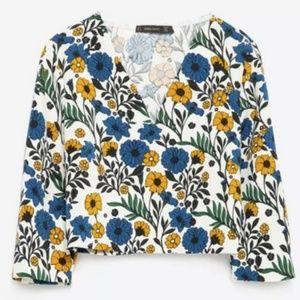NWT~$60~ZARA~Retro 60-70's Floral V-Neck Crop Top
